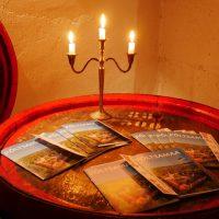 Veinikeldris – Põltsamaa turismitrükised koos lossi hinnakirjaga | Teele Kaeramaa